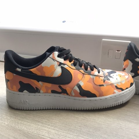 2436882719b1c Orange camo Af1 100% authentic 9/10 condition Size 9 box - Depop