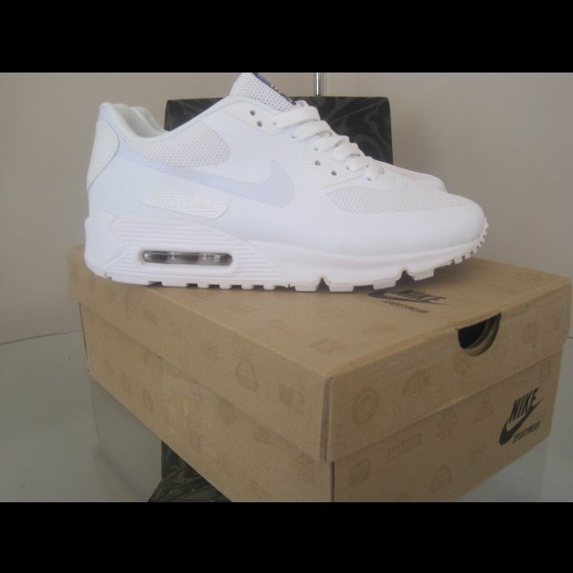 2c1c7fb9c4f NIKE AIR MAX 90 HYPERFUSE INDEPENDENCE DAY WHITE! - Size 8.5 - Depop