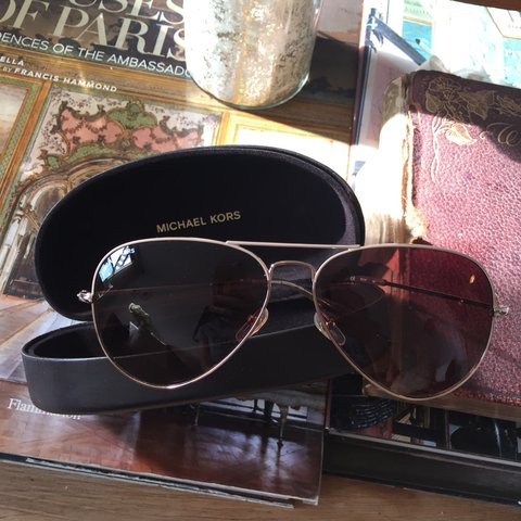 23bcb768dcbd @lyds22. 2 years ago. New York, United States. Michael Kors Kennedy Aviator  Sunglasses Gold metal frames/Brown ...
