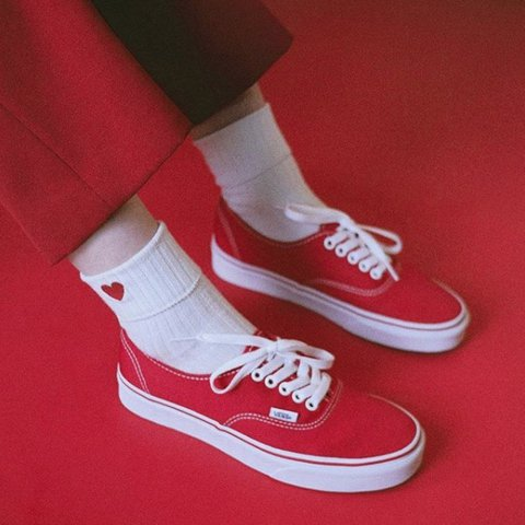 258f29eb3b7 Red authentic vans 🔥 Men s  8.5 Condition  They re in good - Depop
