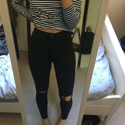 a998024d0a6 @owardrop. 10 months ago. United Kingdom. Topshop ripped knee black skinny  jeans. Size ...