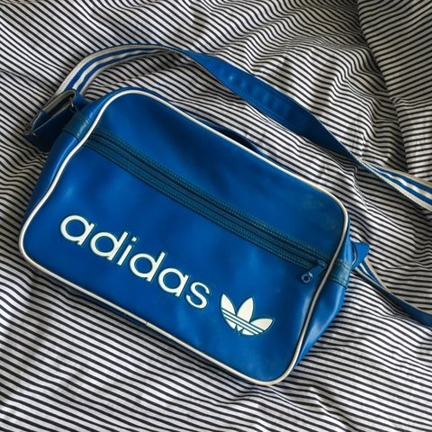 6c90e114d1 @emz_82. 7 months ago. Bristol, United Kingdom. Adidas Vintage Airliner Bag.  Hardly used