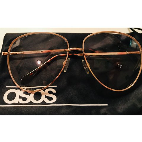 2aa9bdd8d @__amxo__. last year. Bronx, NY, USA. ASOS Gold-rimmed Aviators •brand new/never  worn