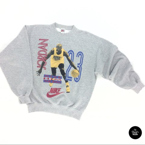 8c10def0bdc6 This vintage Nike Jordan sweater still in great condition a - Depop