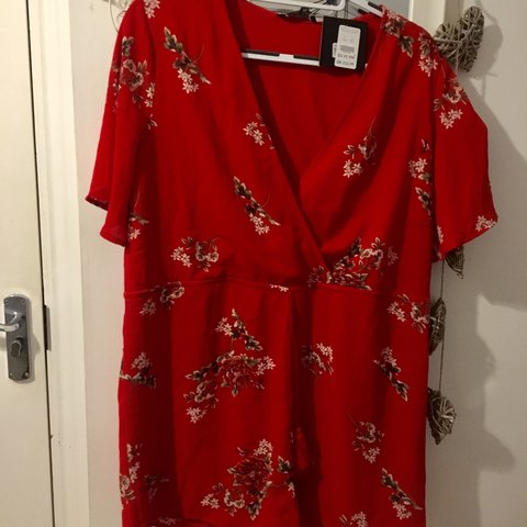 b6c48efc3b Red floral new look playsuit ⭐ Never worn