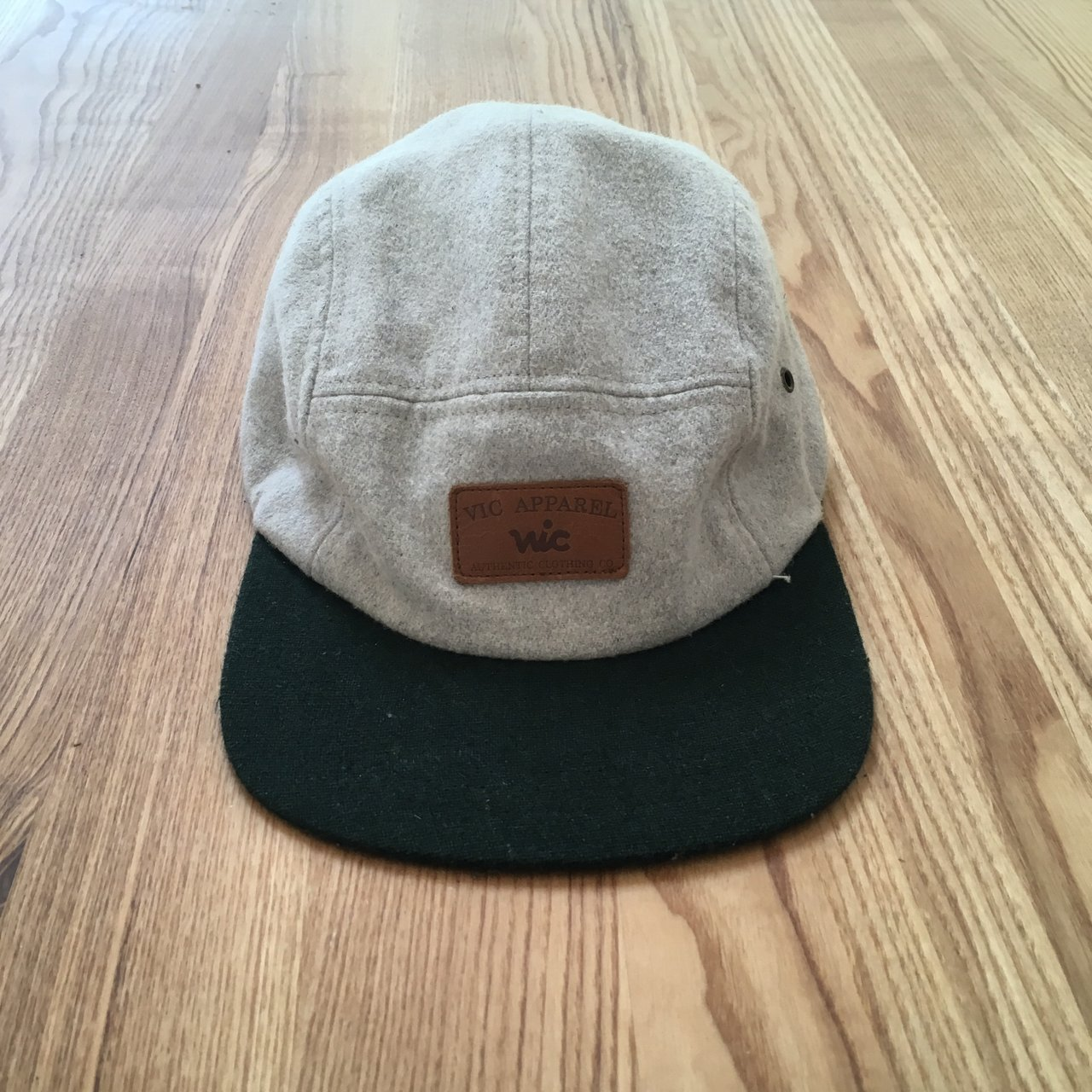 f1a1c1a87bdee Vic apparel grey and green 5 panel cap with leather buckle - Depop