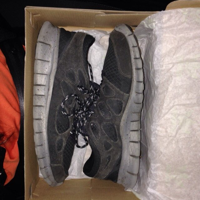 newest 84ed2 d5bb2 Selling these nike free run- 0