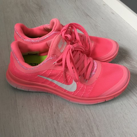 21a8f93f21c59 ... italy nike free 3.0 trainers size 4 pink with white tick and pink depop  d4cea 11e00