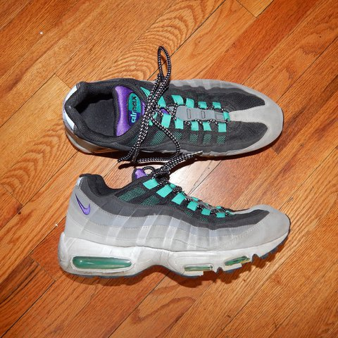 94cced985df973 ... canada 2010 nike air max 95 grapes in 7 10 condition due to wear depop  54b92