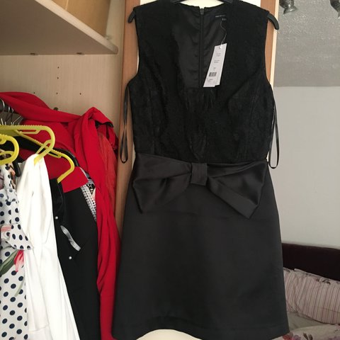 19f3c6dafeb French connection black dress with bow. Worn once for a few - Depop