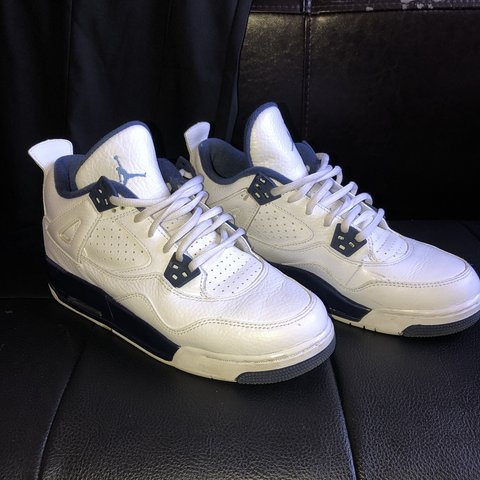 2e7230e8c7b670 Nike air Jordan 4 Colombia. Size uk 6. Have been worn and of - Depop