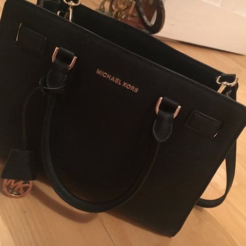 47cc64e1030a Real Michael Kors bag bought in New York. Brand new Medium - Depop