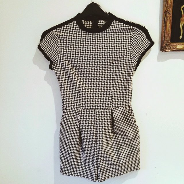 89d2e00eeaf UK size 8 Topshop dogtooth check playsuit. Only worn twice. - Depop
