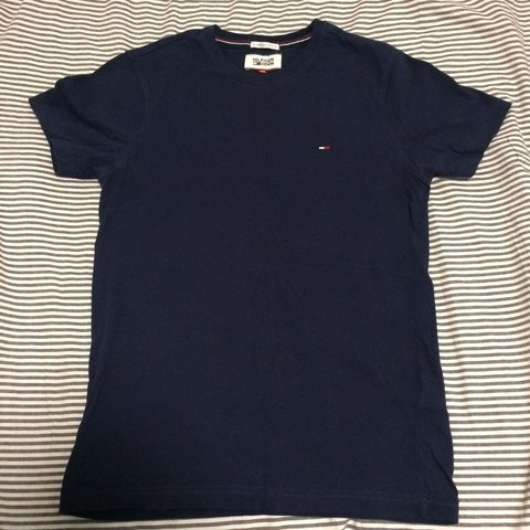 358de5ce @keiranelfedjones. 2 years ago. Liverpool, United Kingdom. Tommy Hilfiger T- Shirt in Navy / Blue Excellent Condition