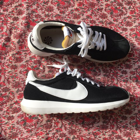 more photos 68368 b7607 ... closeout nike cortez roche mens size 9.5 they fit on the slim new depop  a9fa1 f00fc