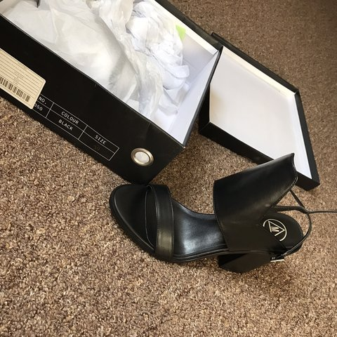 40b1919c06d Brand New never worn MISSGUIDED black heels. really nice but - Depop