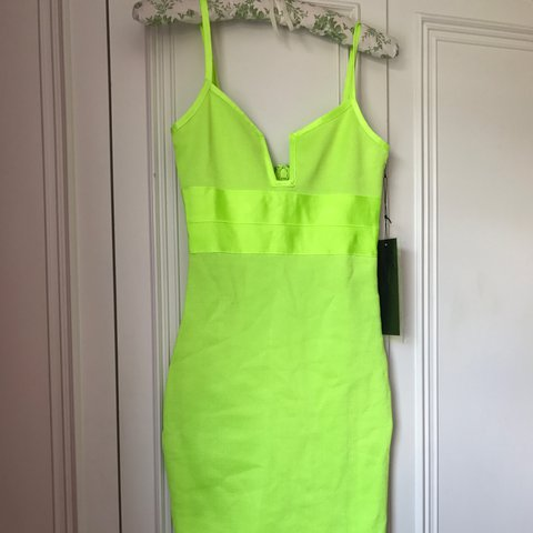 9bac98b2fe3b @sophielk0929. 2 years ago. Ruislip, United Kingdom. Lime green dress. Brand  new ...