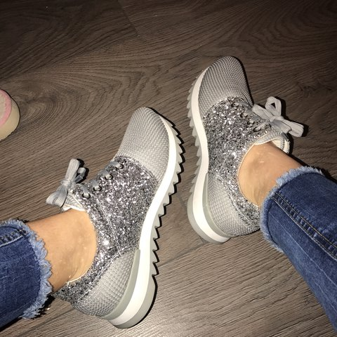d084ac9055c3 💙 Grey silver trainers worn once