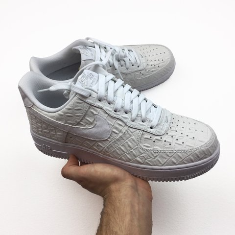 7d0005875e ... switzerland nike air force 1 lv8 07 croc pack. size 7.5 only. brand new
