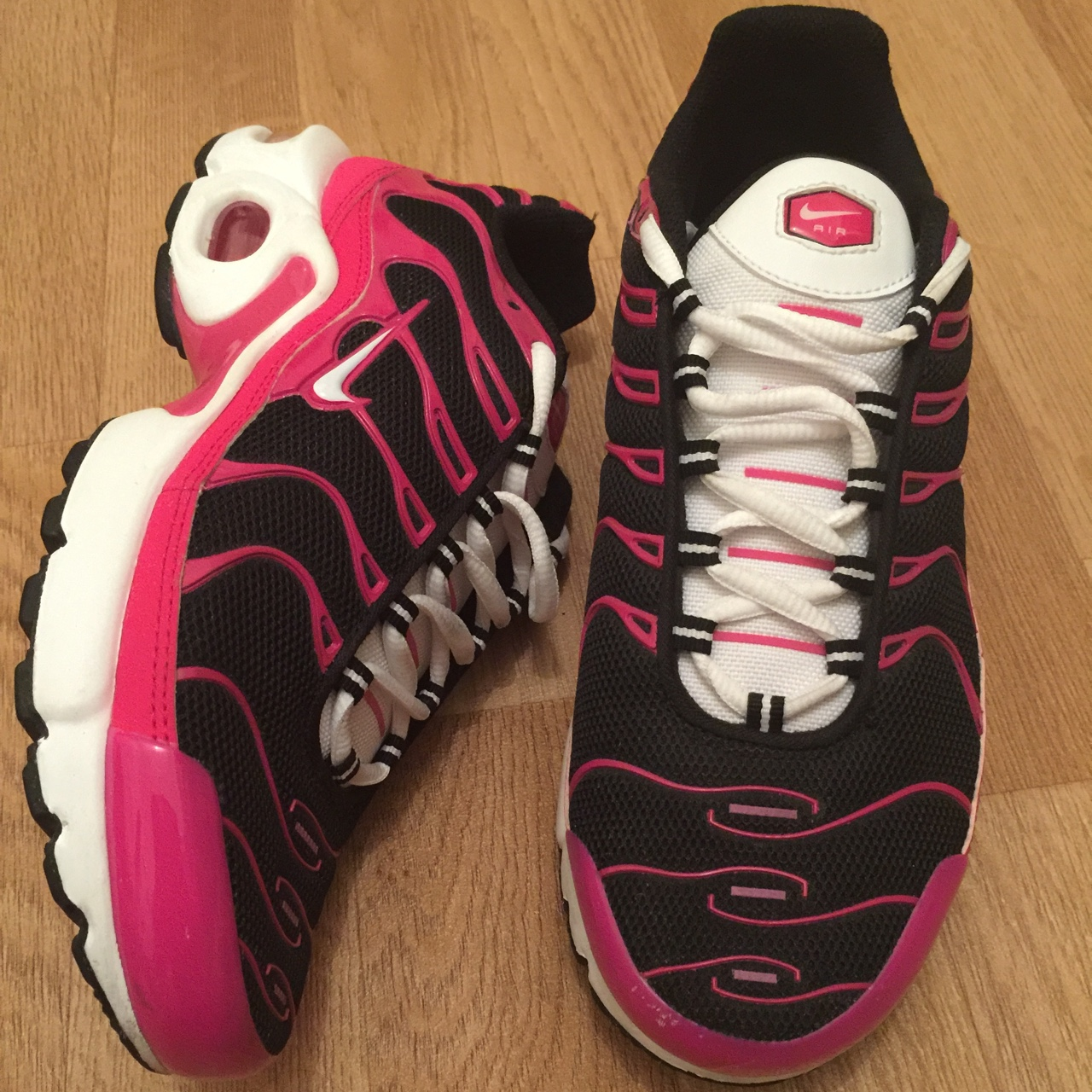 pink and black tns off 56% - www