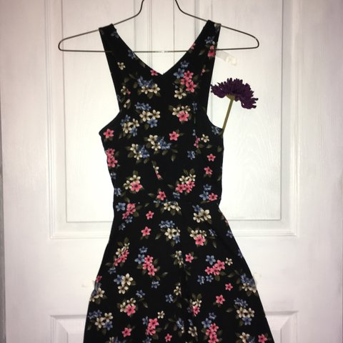 super stunning hollister flower skater dress 🌸💖🌷!!!! navy - Depop d9a171d95