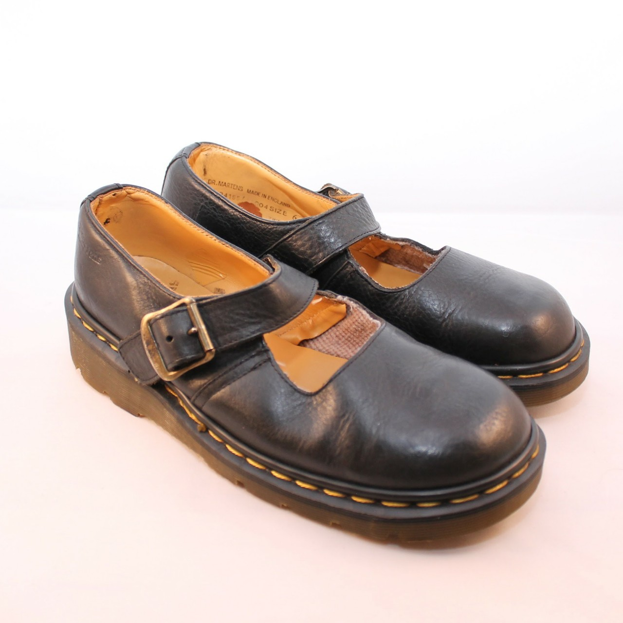 Vintage Dr Marten's Mary Janes size 8 90s Mary Depop