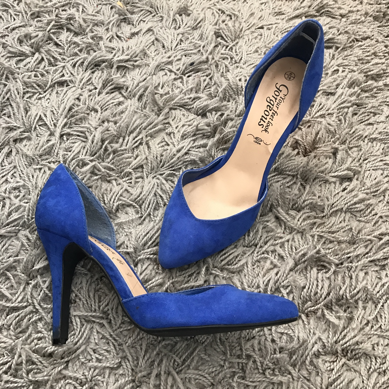 8a2161e9c58 New Look Blue Pointed Stiletto Heel Shoes Size... - Depop