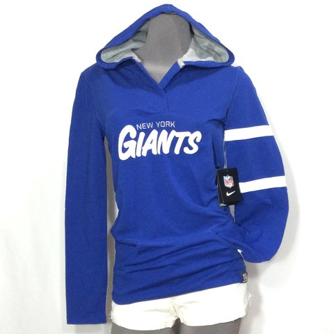 Nike NFL Team Apparel Women s New York Giants Football (New) - Depop 3c8c94ca6