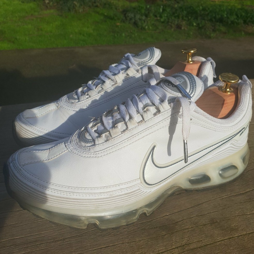 Nike Air Max 360, great vintage condition with loads Depop