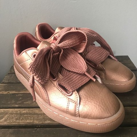 8e9a3ba7543 New puma heart basket Rihanna shoes in pink with bow. Copper - Depop