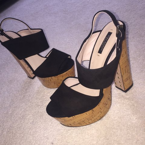 91440e48d3a3 Zara cork wedge sandals with gold stud detail ✨ Size 6 ✨ 💌 - Depop