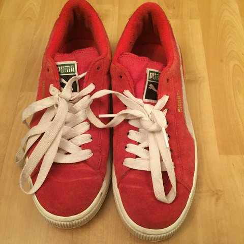 8e641d4f4e8 Red puma suedes size 5 and a half. 7 10 condition due to at - Depop