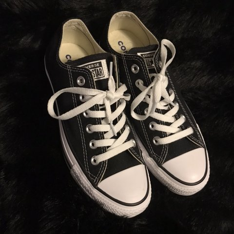 a752fe75637f converse chuck taylor all star lo tops in black!! worn maybe - Depop