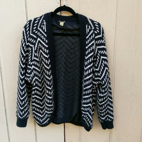 08d214f90f Awesome Z striped black and white print thick cardigan size - Depop
