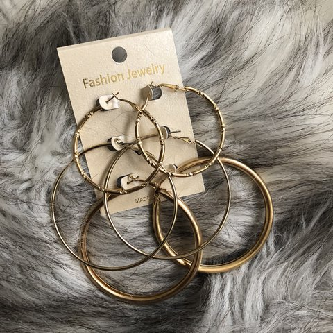 d0a09815ff3 🎲🥀 3 sets of gold hoops - brand new MESSAGE BEFORE - via - Depop