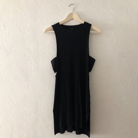 54785e87eaa Super sexy side cut out GUESS dress. Can be dressed up or So - Depop