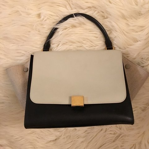 5fb75f784a CELINE TRAPEZE MEDIUM HANDBAG From the 2014 Collection by - Depop
