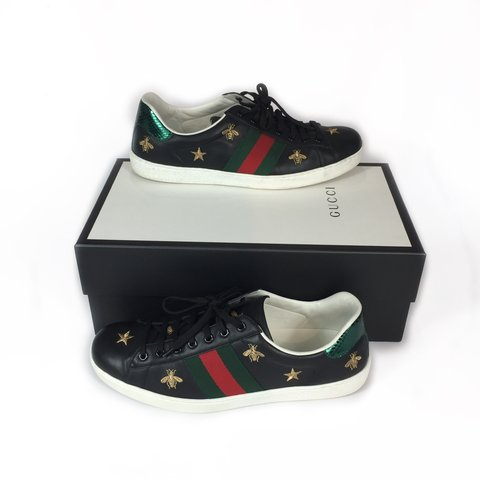 1ba1e2da990 Item  Gucci ace bee trainers Colour  black red green and 10 - Depop