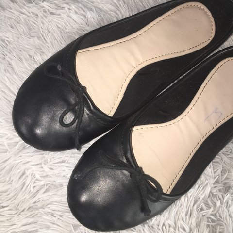 71452c0a6872 ... Primark Dolly Shoes size 6 Only imperfection is the line Depop