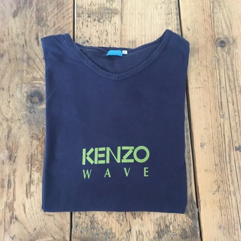 f6f33e671857 @hqretro. 2 years ago. Rochester, UK. Awesome Kenzo wave t-shirt ...