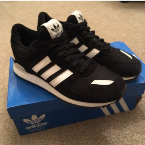6003c77976e80 Adidas Originals ZX 750 Black white colourway Barely - Depop