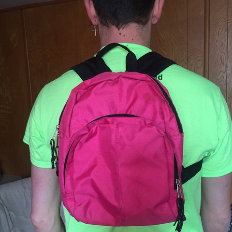 0830dd172337 Hot pink mini EASTSPORT backpack! Super cute and durable Has - Depop
