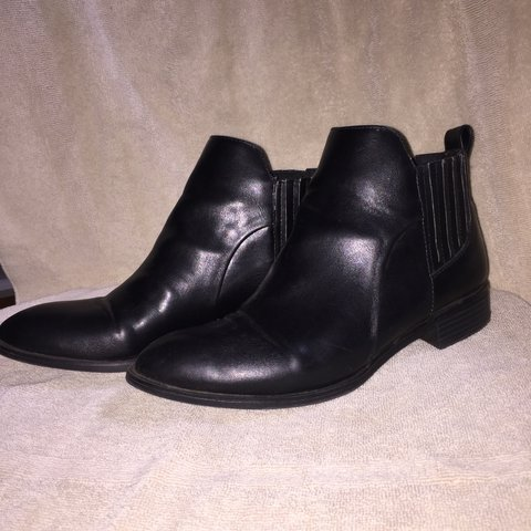 0927266d3f59 ️SOLD‼️Black pleather Chelsea boots from FOREVER 21. and A - Depop