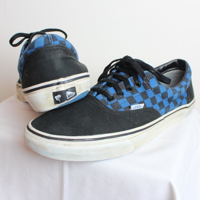 6b800fda65f  sacredkings. 4 years ago. United Kingdom. Black and Blue Checkered Vans  Trainers Shoes. Not bad condition