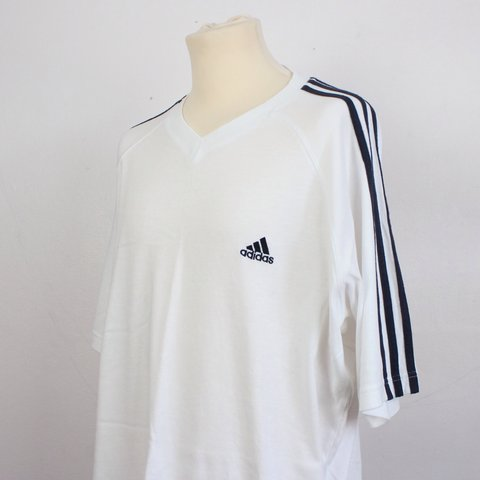 d5c7972f @sacredkings. 4 years ago. United Kingdom. White and black stripe Adidas t- shirt - tee plain ...