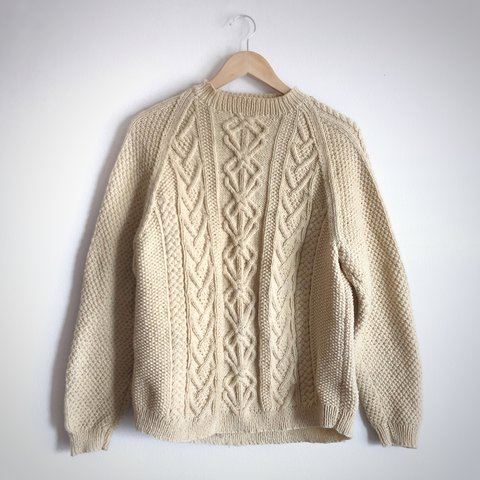 d62802517  denblankenspacen. last year. United States. Amazing handmade vintage cable  knit sweater.