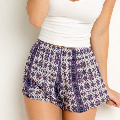 b1ff42b779b Brandy Melville Boho Purple Remi Shorts💜 has expandable 💫 - Depop