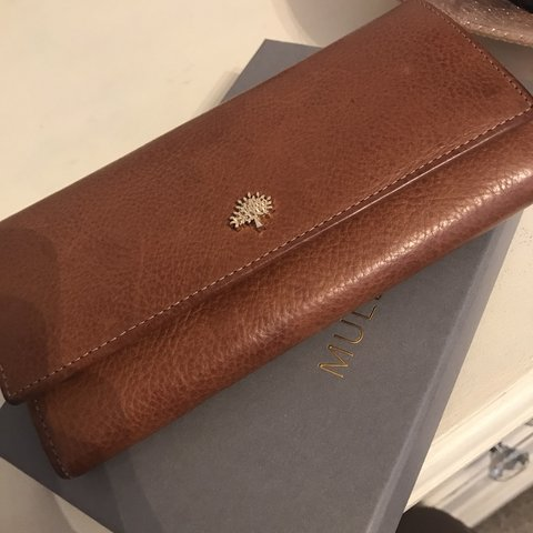 585618a00e5 @christinasell. last month. Newcastle Upon Tyne, United Kingdom. price drop!  Genuine mulberry wallet.