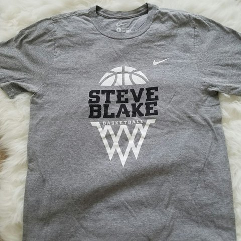 e8c9efd76 @liltee16us. 2 years ago. North Carolina, USA. Nike Steve Blake Basketball graphic  tee. Pre loved Good condition. Size large