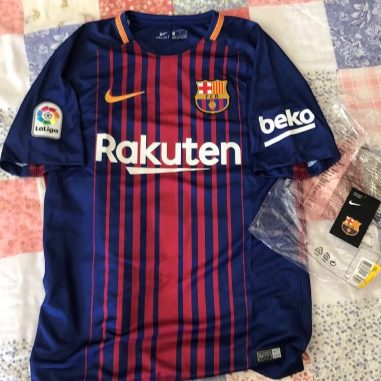 best loved 62183 fa507 Nike FC Barcelona 17/18 Lionel Messi, Home... - Depop